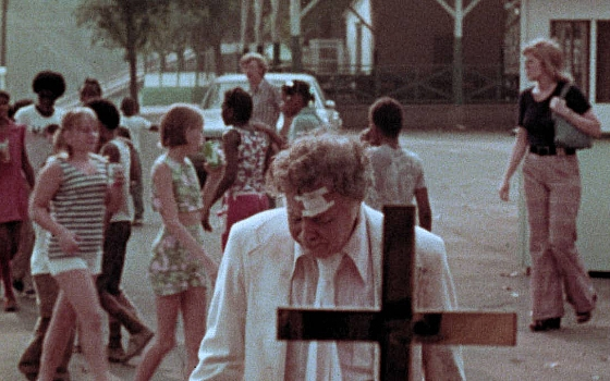 Watch George Romero's <I>The Amusement Park</I>